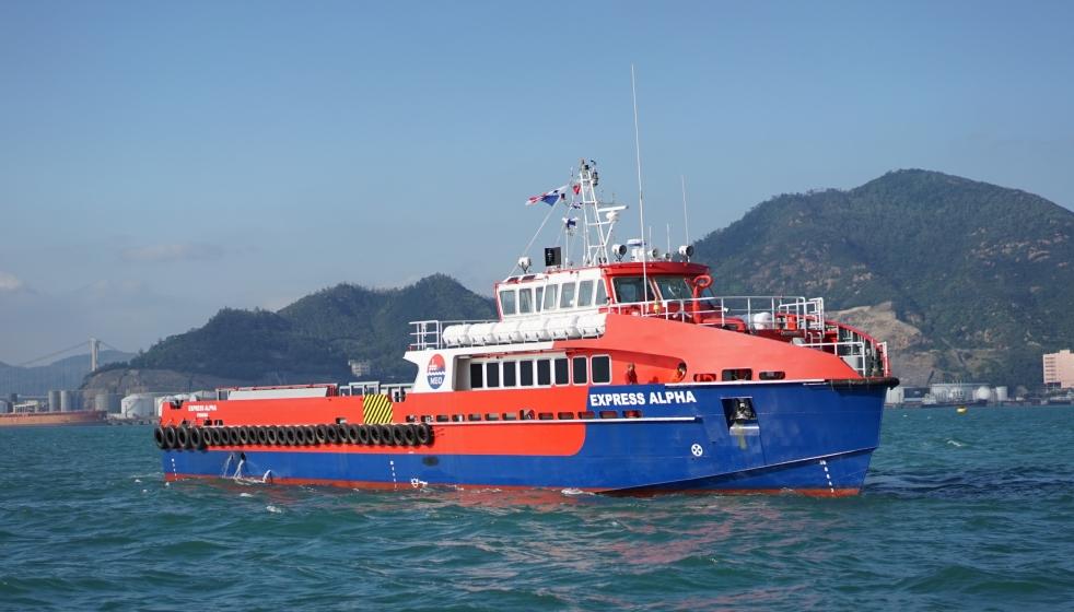 #5094 40m Crew Boat DSC08071